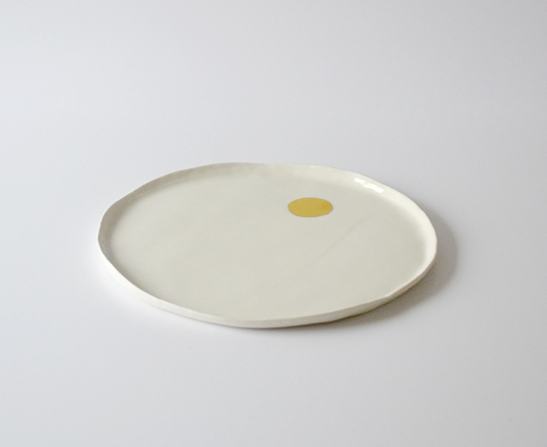 Plat pois doré - Fanny Richard - Art de la table - © Sandelin concept store